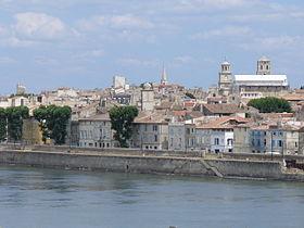 Arles vue sur le centre historique